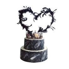 8寸+12寸圆形水果羽毛、皇冠蛋糕图片
