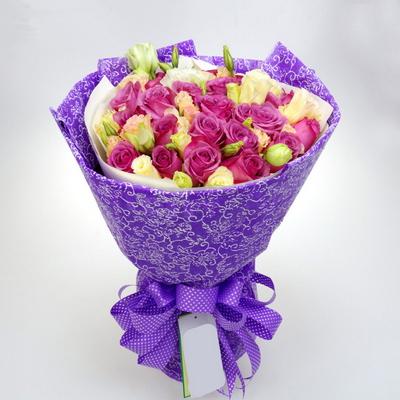 22枝紫玫瑰图片