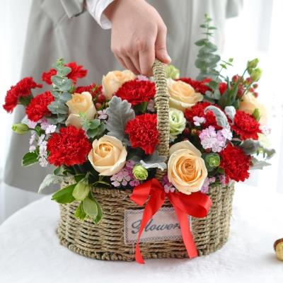 11朵香槟玫瑰、19支红康手提花篮图片