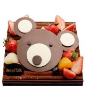杏仁蛋糕、巧克力蛋糕、红树莓果酱、巧克力鲜奶油