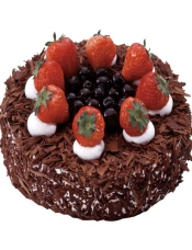 巧克力蛋糕胚 黑樱桃果粒  鲜奶油。