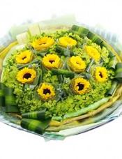 10支向日葵,绿色、金色2层纱网独立包装,八卦叶,龟背竹丰满。