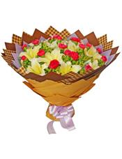 19枝红色康乃馨,6枝黄百合,叶上黄金丰满