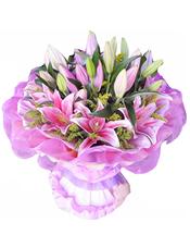 9枝粉色多头香水百合,黄英、绿叶间插