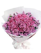 33枝紫玫瑰,粉色勿忘我围边