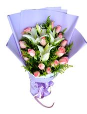 16枝粉玫瑰,2枝多头香水百合,黄英丰满