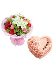 9支红玫瑰,9支粉康,1支白色多头百合,黄英草间插;8寸粉色心形鲜奶蛋糕,同色鲜奶玫瑰花。