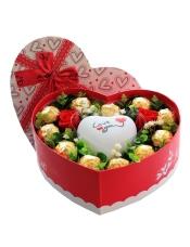 11颗巧克力+2朵保鲜花红玫瑰+七彩爱心LOVE灯,配绿叶大方表达你的爱