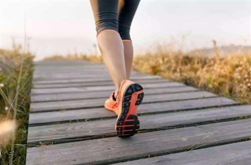 倒走多长时间能减肥 对腰椎间盘突出有好处吗